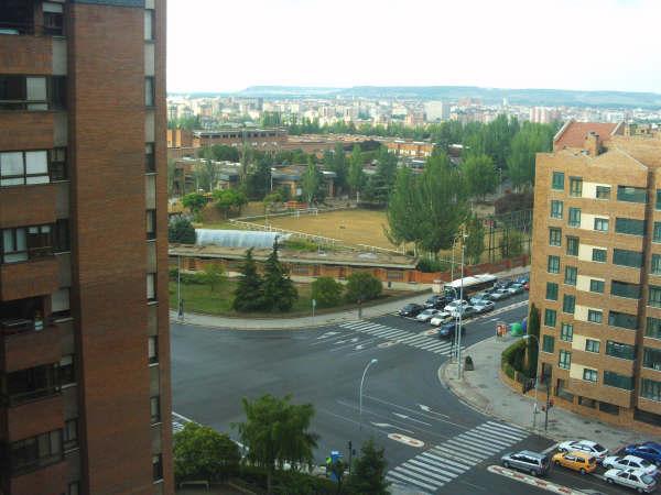 Alquiler de piso en valladolid zona parquesol for Pisos covaresa valladolid