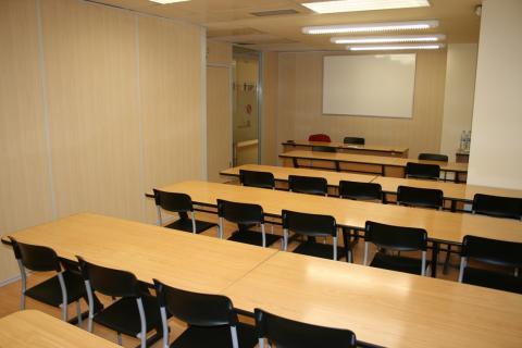 Oficinas de alquiler en pamplona for Oficinas bankia pamplona