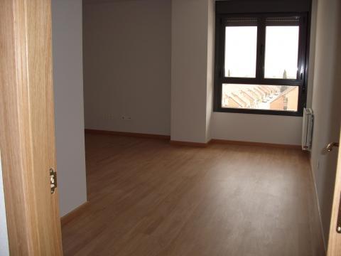 Alquiler de piso en madrid zona cerro buenavista sector for Pisos buenavista getafe