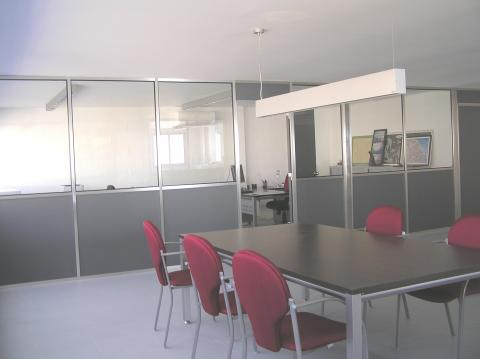 Oficinas de alquiler en tarragona for Sanitas tarragona oficinas