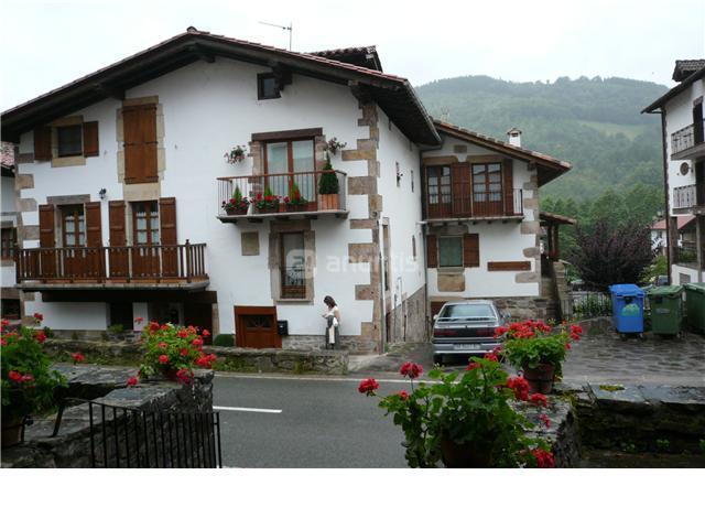 Casa en alquiler en pamplona elgorriaga calle carretera for Casa puntos pamplona