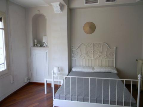 Se alquila habitacion en Benicalap Valencia