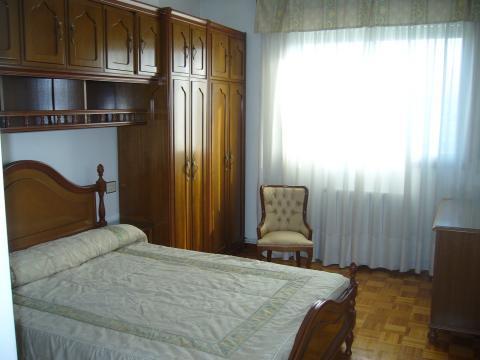 Habitaciones de alquiler en orense for Pisos alquiler carballino