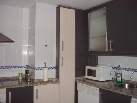Habitaci n en alquiler en badajoz centro calle suarez somontes for Alquiler oficinas badajoz