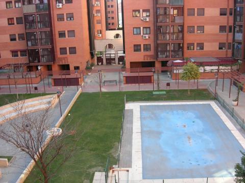 Habitaci n en alquiler en madrid usera calle dodge - Pisos alquiler madrid usera ...