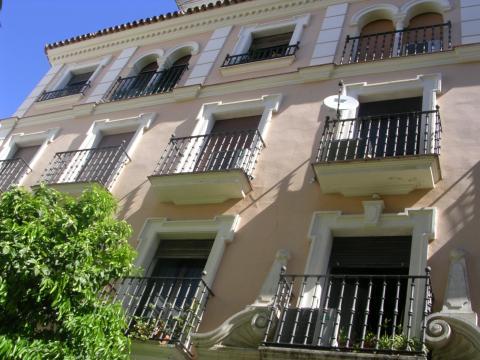 Piso en alquiler en sevilla centro calle rafael gonzalez abreu for Alquiler de casas en sevilla centro