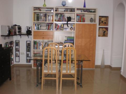 Piso en alquiler en sevilla pinichi calle tejares for Piso estudio sevilla