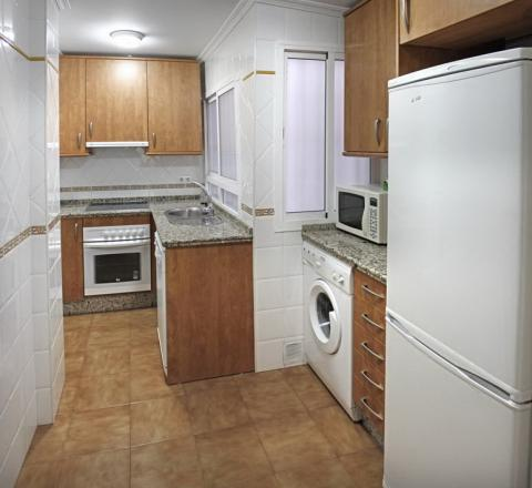 Piso en alquiler en sevilla macarena calle cuarzo for Alquiler de pisos en sevilla este particulares