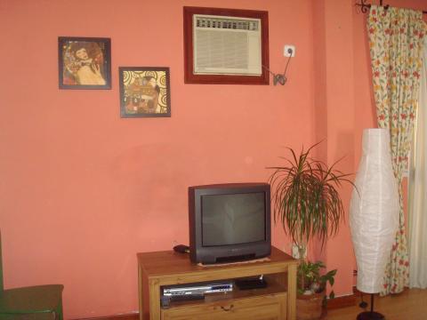 Piso en alquiler en sevilla triana calle juan diaz de for Piso estudio sevilla