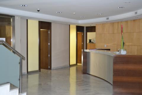 Oficina en alquiler en valencia ruzafa calle filipinas 39 for Oficinas ibercaja valencia