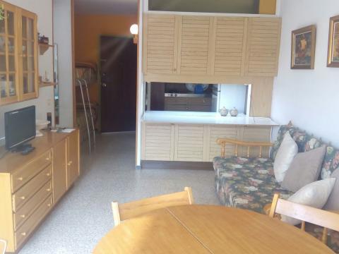 Alquiler tarragona pisos casas apartamentos for Pisos alquiler vilaseca